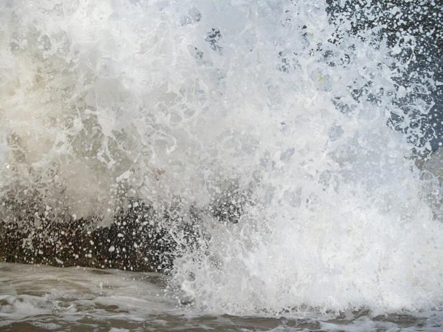 Dawlish wave